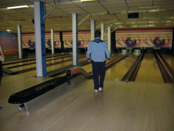 kimbo Cure#9: What I think of when I think of bowling